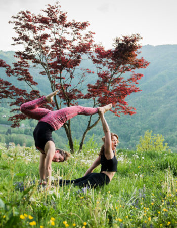 Acroyoga teacher training montreal – Europe Italy 2019